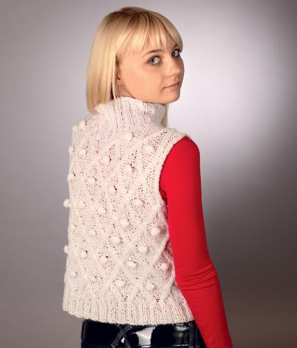 Описание: вязание спицами жилетов для женщин.