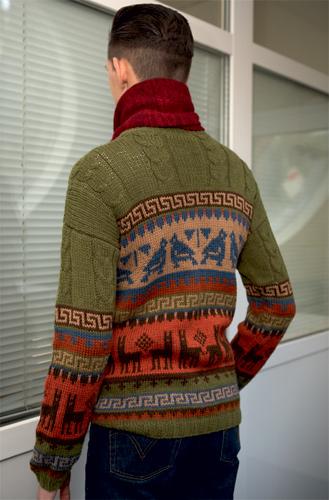 Вязаный жаккардовым узором свитер