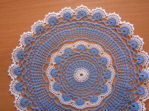 Салфетка ажурная голубая, Вязание крючком