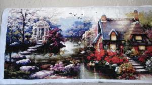 Дом у речки, Картины и панно