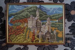 замок в горах, Вышивка крестиком