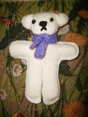 медвеженок в шарфике