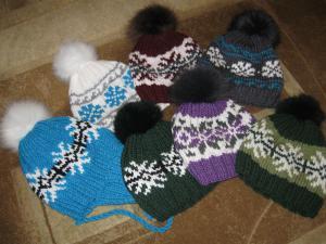 шапка с орнаментом, Шапки и шарфы