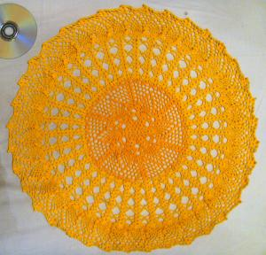 Желтая салфетка, Филейное вязание