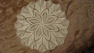 Салфетка с цветком в центре, Филейное вязание