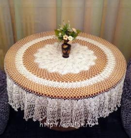 Ажурная скатерть с ананасами, Ананас